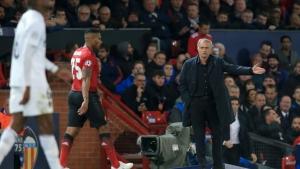 """¿Adiós al United? """"Mourinho castigó a Valencia… Considerará su futuro en enero"""""""