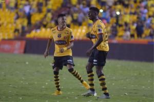 """""""Anhelaba anotar un gol pero fue con Aucas y no lo pude celebrar"""" (VIDEO)"""