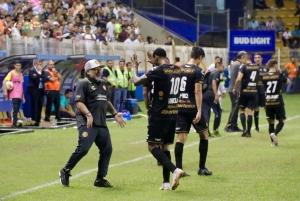¡Se lució ante los ojos de Maradona! (VIDEO)