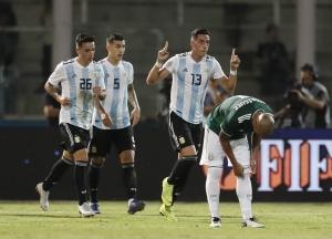 No lo extrañan tanto a Messi (VIDEO)