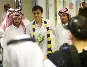 Ya llegó a Arabia y ¿demandará desde allá a la Ecuafútbol?
