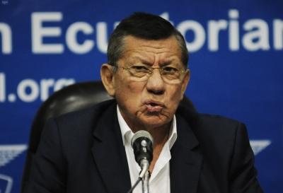 Carlos Villacís 6