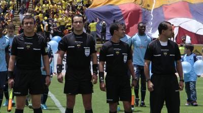 Arbitro Carlos Orbe