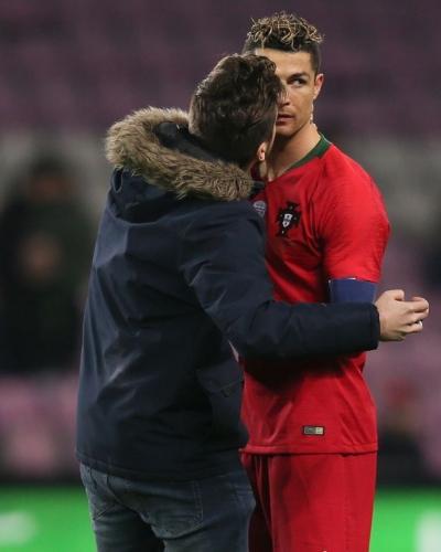 Cristiano Ronaldo 16