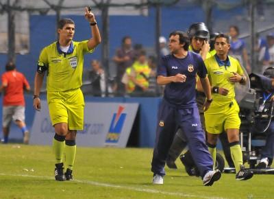 arbitro Alfredo Intriago 3