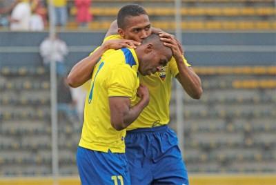 Antonio Valencia y Chucho Benitez