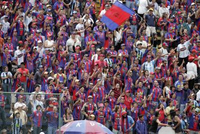 Hinchada Quito 2