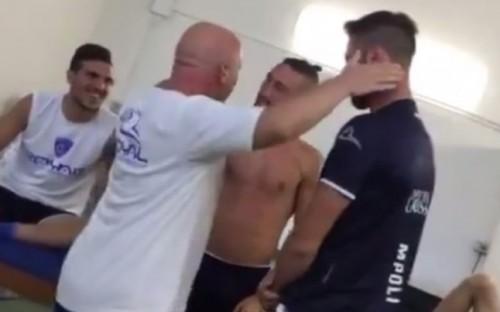 Un poco violento el jueguito (VIDEO)