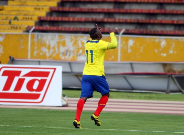 Cristian Benitez Sel