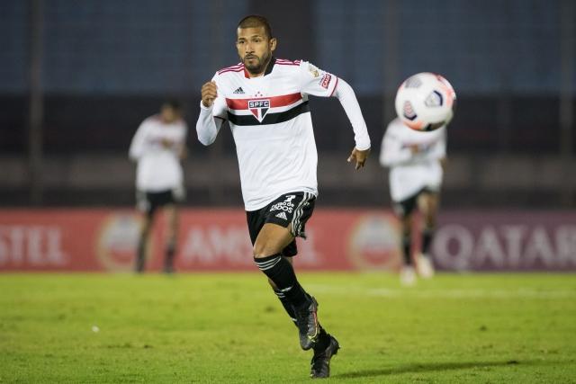 Joao Rojas 3