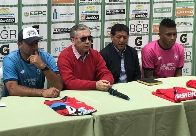 Tito Manjarrez 7