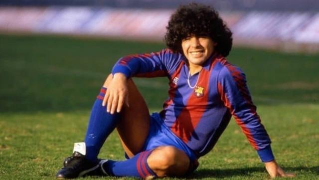Diego Maradona 15