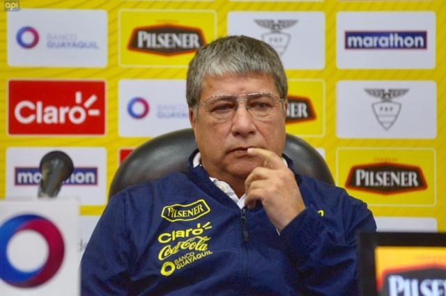 Bolillo Gomez 17