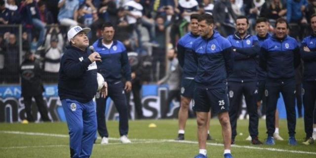Diego Maradona 5