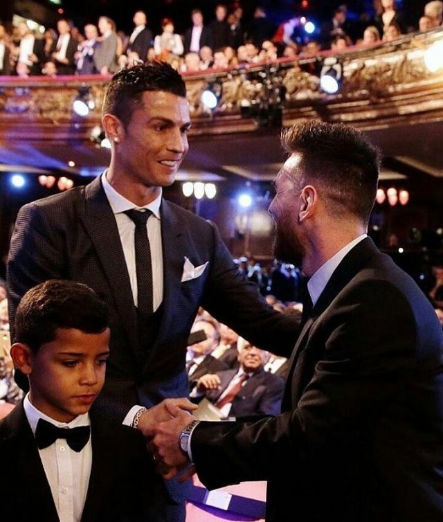 Cristiano y Messi 4