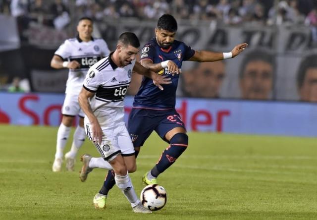 Rodrigo Aguirre 14