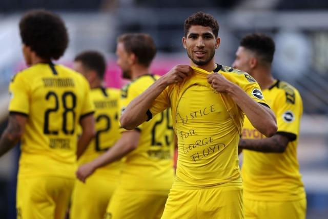 Borussia Dortmund 12