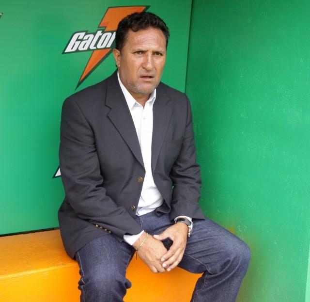 Carlos Calderon