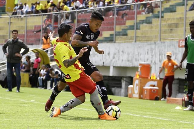Luis Ayala 7