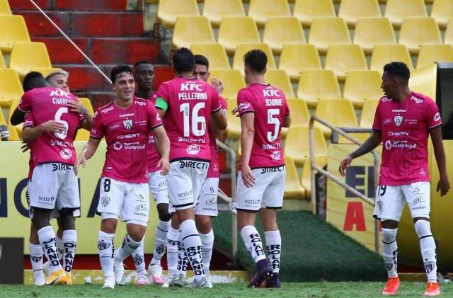 Independiente del Valle 13