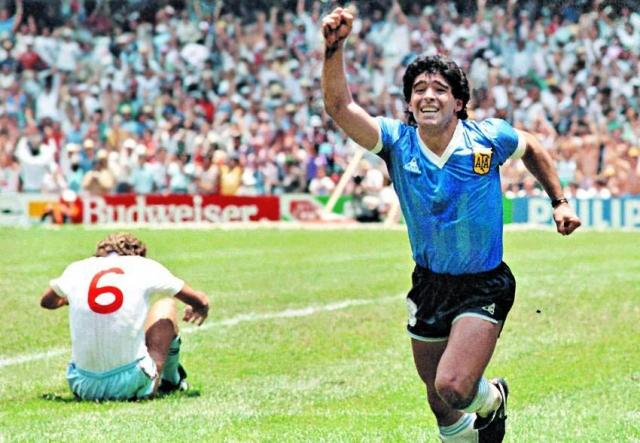 Diego Maradona 12