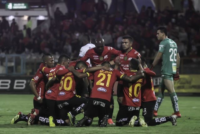 Deportivo Cuenca 13