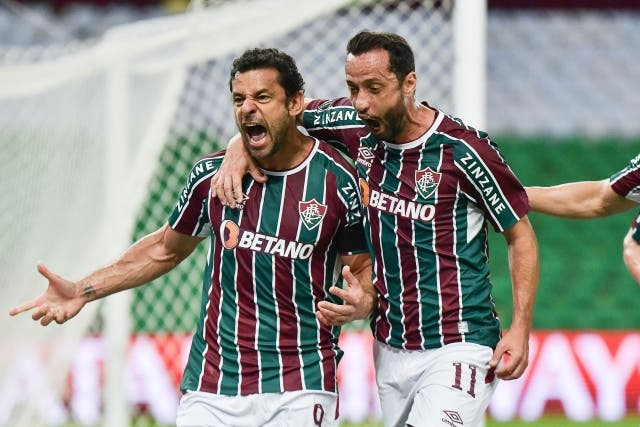 Fluminense 4