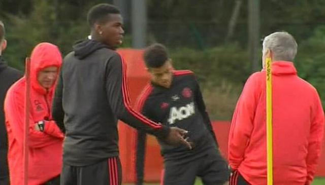 Paul Pogba y Mourinho 2