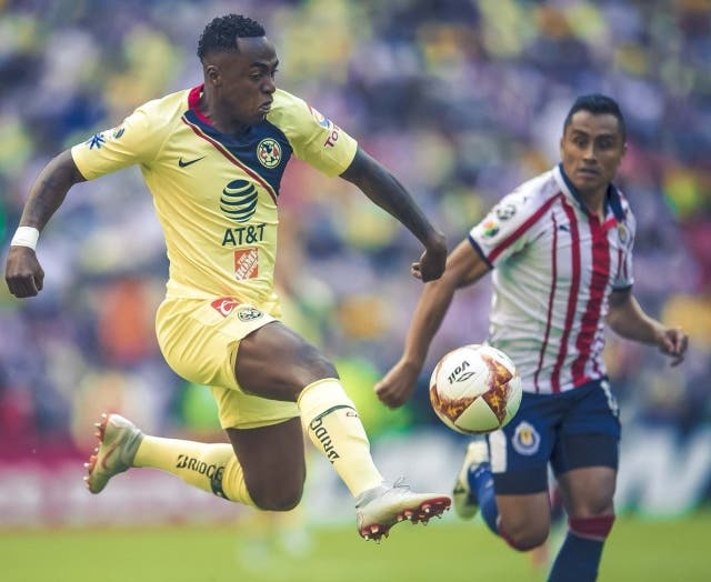 Renato Ibarra 3