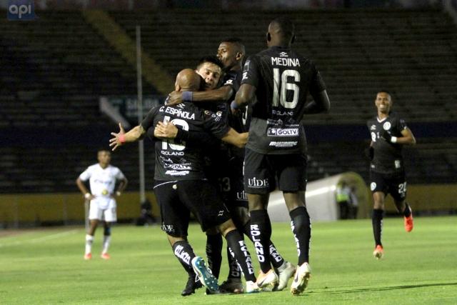 America Quito 2