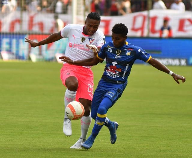 Antonio Valencia 29