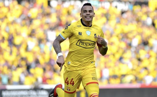 Jonathan Alvez 4