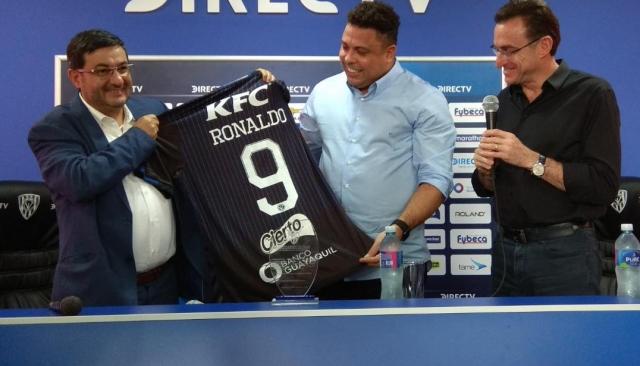 Ronaldo Nazario 6