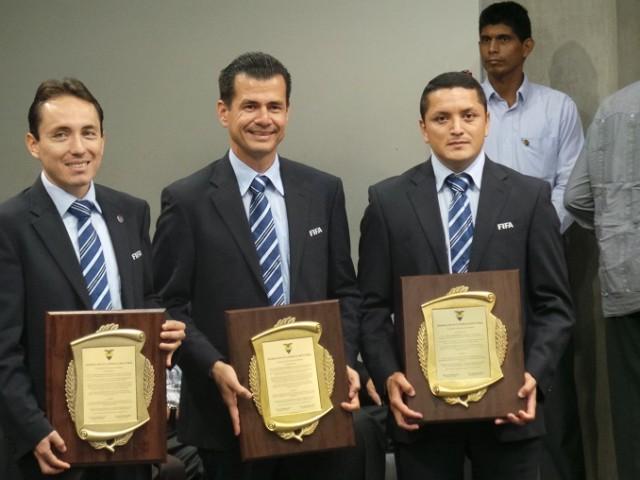 arbitro Carlos Vera 2