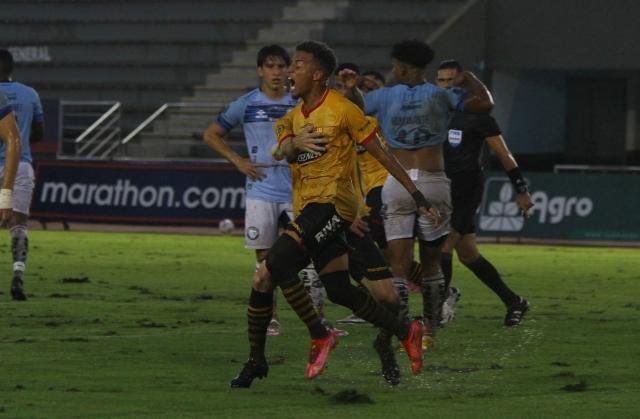 Byron Castillo 5