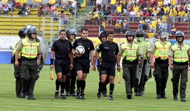 arbitro Daniel Salazar