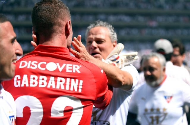 Adrian Gabbarini 12
