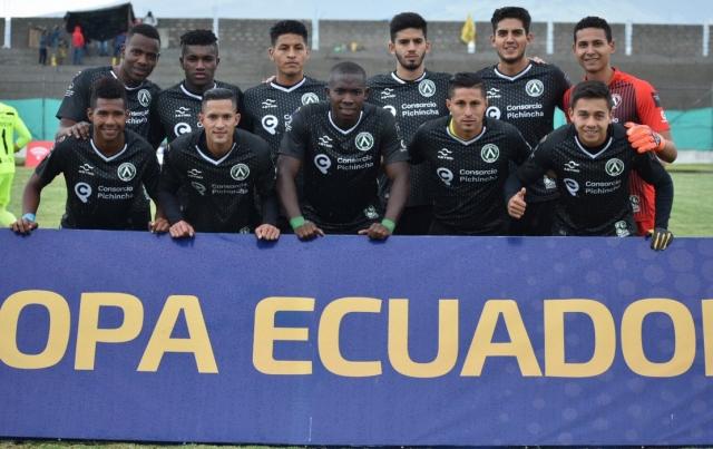 America Quito 12
