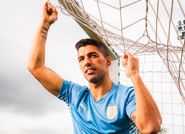 Luis Suarez Uruguay 2