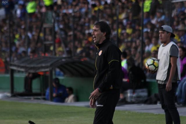 Guillermo Almada 19
