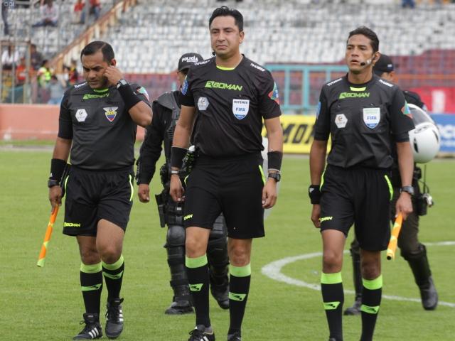 Arbitros 11