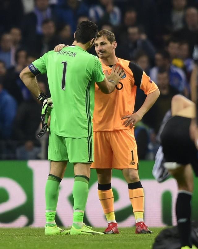 Iker Casillas y Buffon