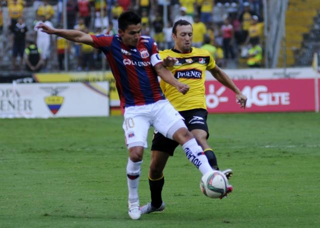 Luis Saritama 9