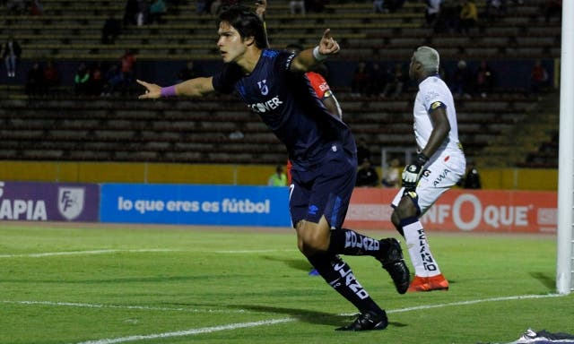 Luis Amarilla 4
