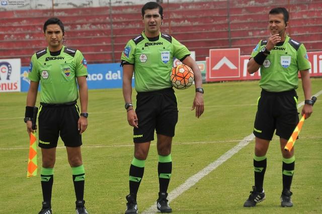 Arbitros 8