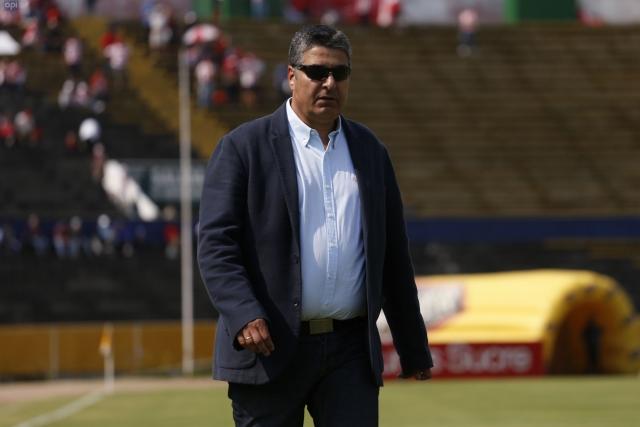 Santiago Escobar 10