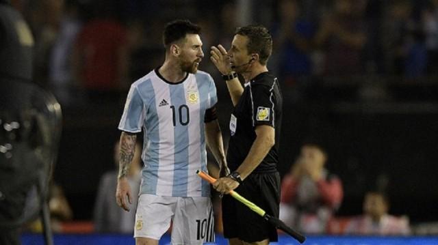 Lionel Messi insultos