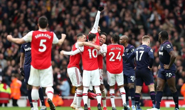 Arsenal 12