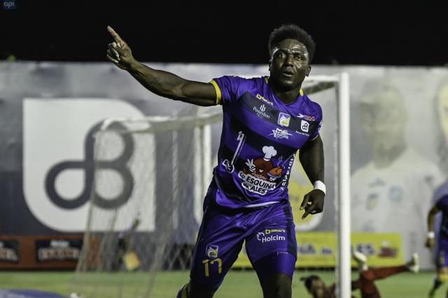 Roberto Ordóñez 9