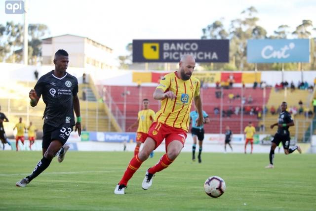Juan Tevez 9
